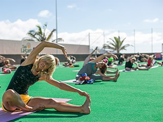 stretch and relax class under the sun of club la santa
